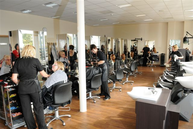 Busy schedule at your hair salon? Here's what might come in hand!